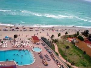 Aventura Beach Club 1106