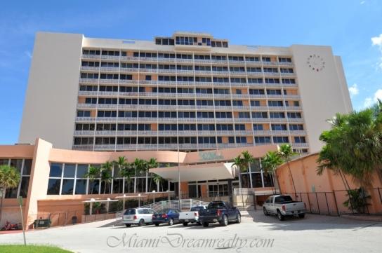 Seville Hotel Miami Beach